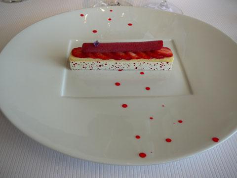 La fraise Guariguette et la violette