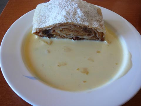 Apfelstrudel, Charly's, Gstaad