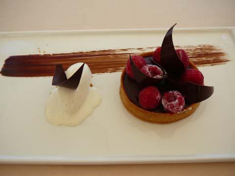 Tartelette chocolat framboises et glace à la vanille
