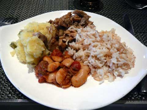 Buffet Obeirut : assortiment de plats principaux