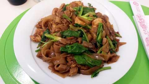 Nouilles XL au poulet et brocolis thaïs à la sauce soya