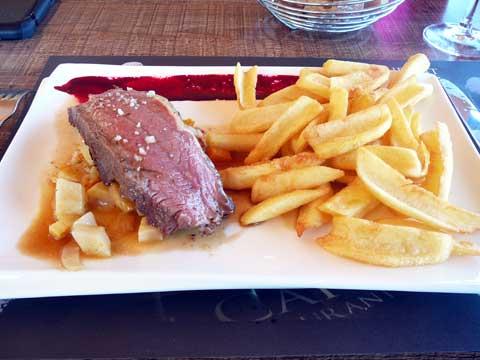Contre-filet rôti, frites