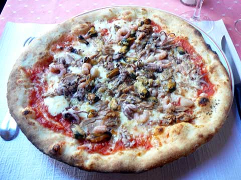 Pizza marinière
