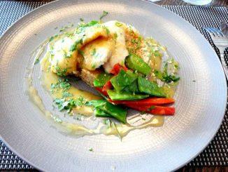 Filet de flétan, beurre aux agrumes et coriandre, quinoa aux petits légumes