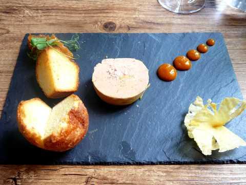 Foie gras, chutney ananas