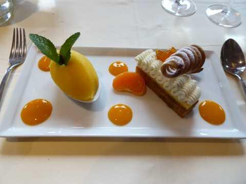 Mandarine et épices, sorbet et chantilly aux zestes d'agrumes