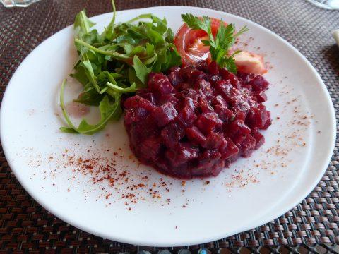 Salade de betterave, vinaigrette à la moutarde ancienne