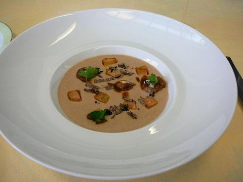 Crème d'artichaut, marrons et foie gras