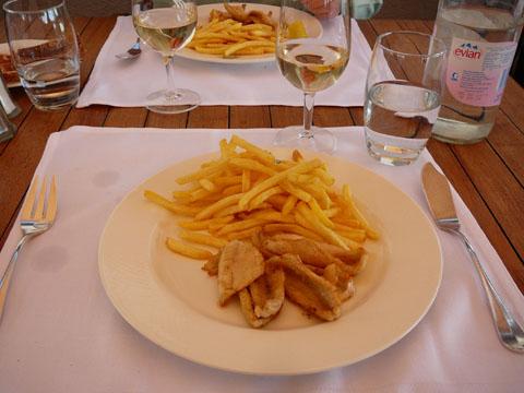 """Filets de perches """"Vieux Navire""""  Buchillon"""