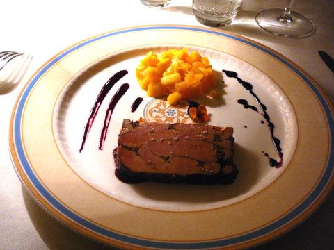 Marbré de foie gras au Porto et mangue poêlée