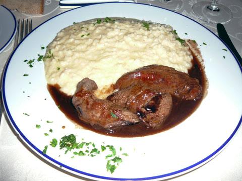 Filet d'agneau, sauce balsamique, risotto au parmesan