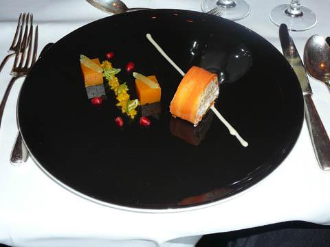 Mosaïque de homard canadien à la mangue et au citron vert