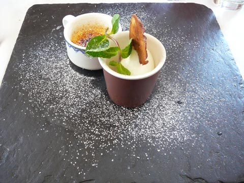 Crème brûlée à la vanille Bourbon, glace maison au lait