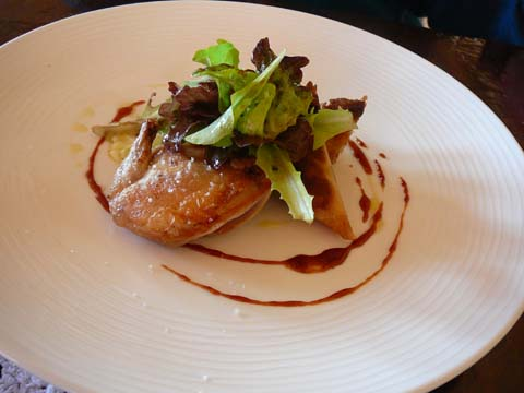 Filet de cailles de la Dombe, cuisse croustillante