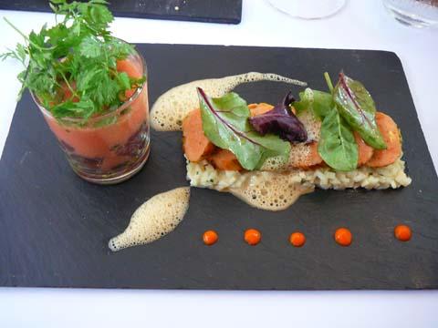 Fleur de courgette, tartare de thon, velouté frais de tomates, céleri rémoulade