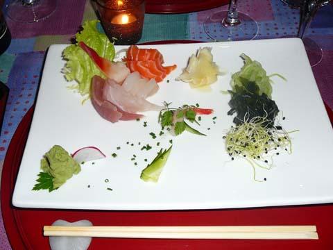 Sashimi et salade Wakame