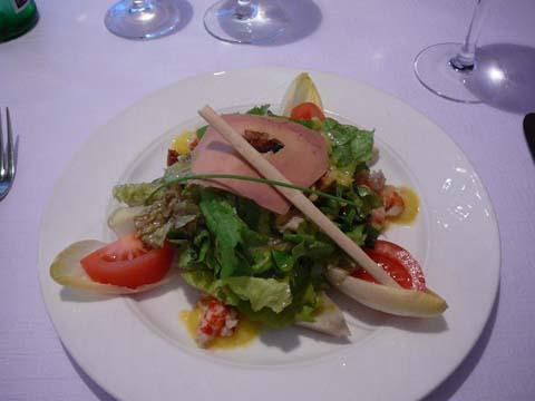 Salade gourmande aux écrevisses et artichauts