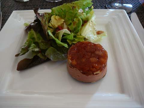 Tatin de foie gras aux pommes caramélisées