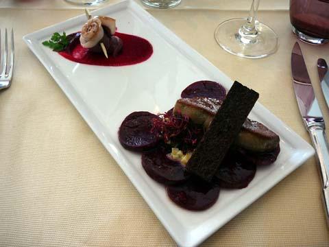 Foie gras poêlé et magret de canard fumé