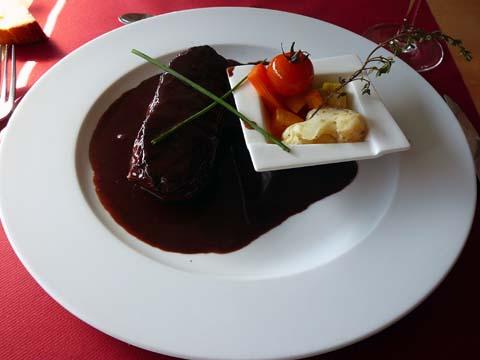 Entrecôte de bœuf du pays sauce marchand de vin