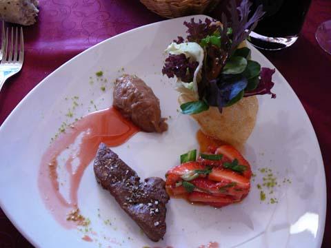 Escalope de foie gras canard poêlée mode de saison