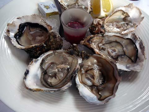 6 huîtres de Marennes Oléron