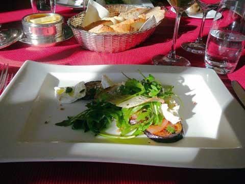 Salade d'aubergine et mozzarella