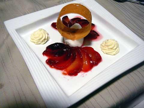 Eventail de prunes, sorbet yuzu
