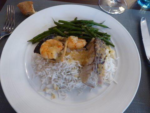 Cassolette de poissons, haricots verts, riz
