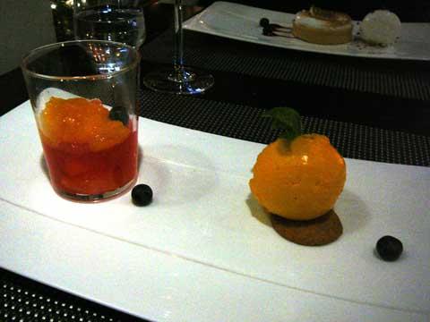 Mandarine confite à l'impériale, sorbet sur son biscuit sablé