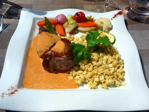 Lomo de cochon ibérique, crème de paprika et poêlée de crozets