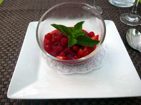 Tartare de fruits rouges à la menthe