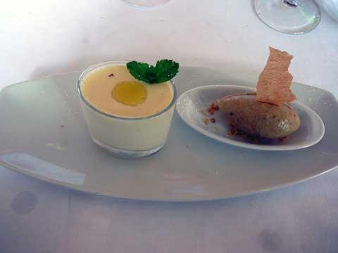 Pannacota vanillée à l'huile de citron, sorbet kiwi