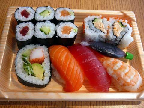 Mélange de sushis