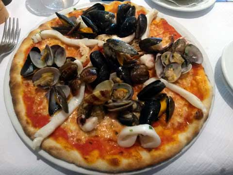 Pizza aux fruits de mer