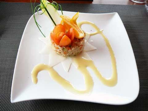Effilochée de crabe, vinaigrette à l'orange
