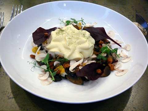 Parmentier de pommes de terre, champignons de Paris