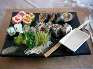Restaurant Fukuoka Morges : assortiment de makis