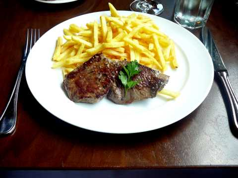 Rumsteck de boeuf nature, frites