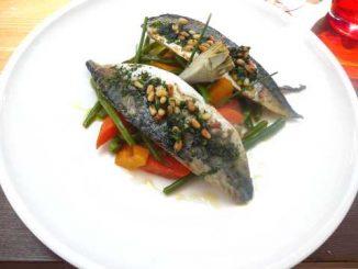 Filets de maquereaux provençale, légumes printaniers