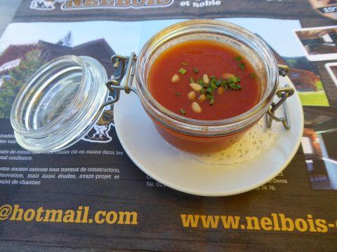 Gaspacho tomates-concombres au piment d'Espelette