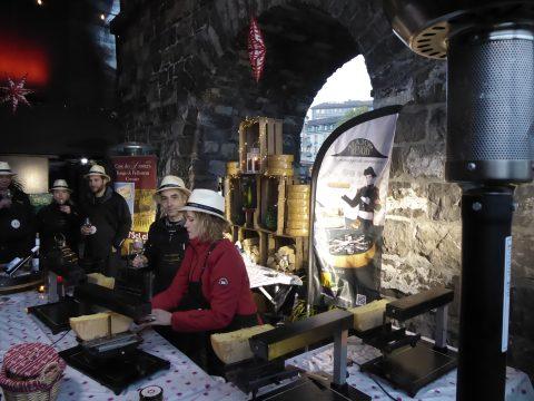 Chasselas et fromage à raclette de Neuchâtel