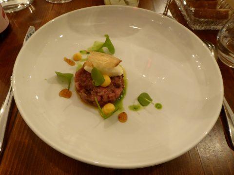 carne cruda (veau) / sbrinz / citron