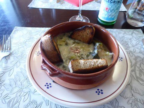 Soupe aux cime di rapa et à la crème de haricots blancs