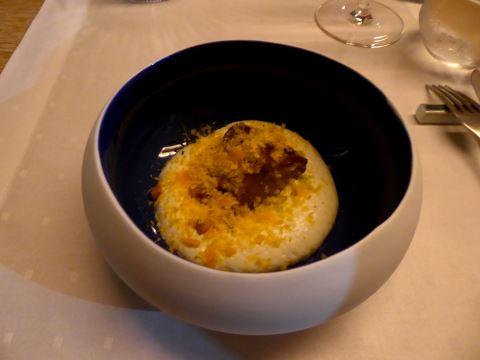 Agneau d'Appenzell, mousse de vacherin fribourgeois, jaune d'oeuf rappé
