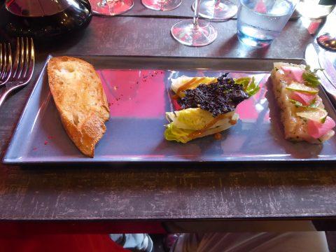 Restaurant Le Patio Rive Gauche - Genève : Tartare de daurade au citron vert, saladine de sucrine, toast de pain grillé